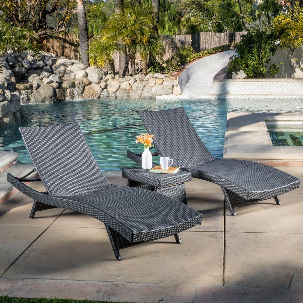 Salem Grey 3-Piece Wicker Outdoor Chaise Lounge
