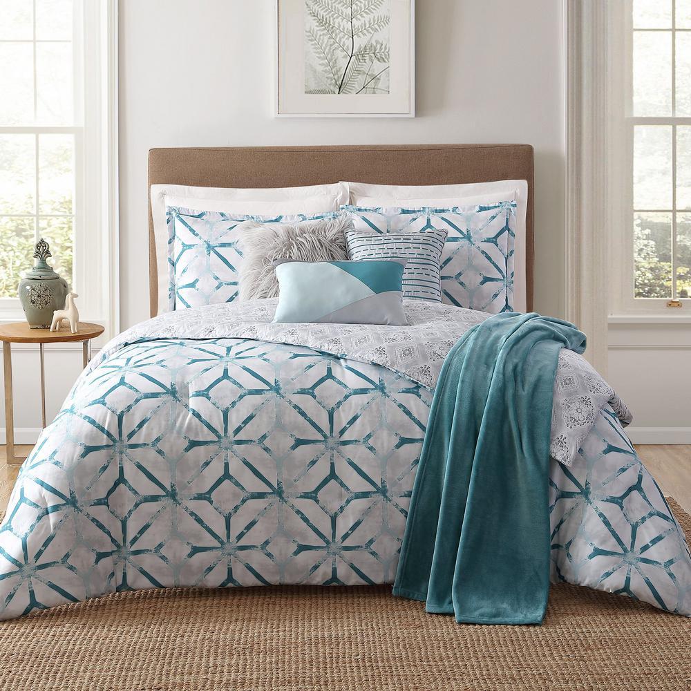 Lancaster 7-Piece White King Comforter Set, Multi-Colored