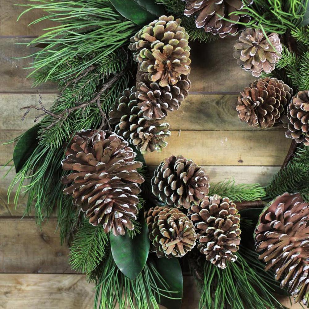 28 in. Wreath Monalisa Mixed Pine Christmas