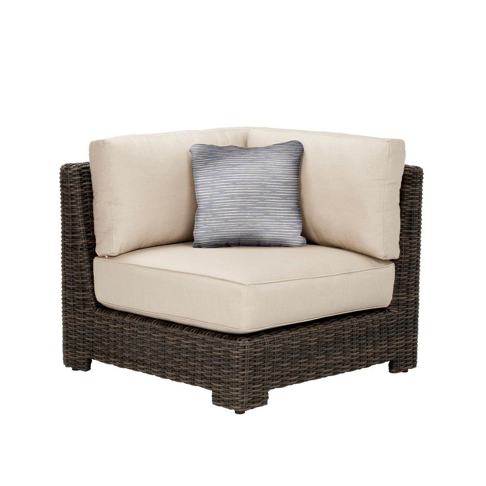 This Review Is From:Northshore Corner Patio Sectional Chair With Sparrow  Cushion And Congo Throw Pillow    CUSTOM