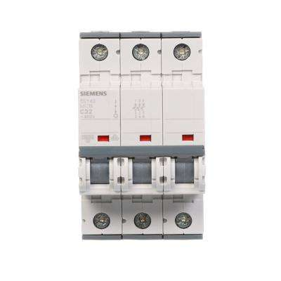 32 Amp Triple-Pole Circuit Breaker Tripping Characteristic C Supplementary Protector