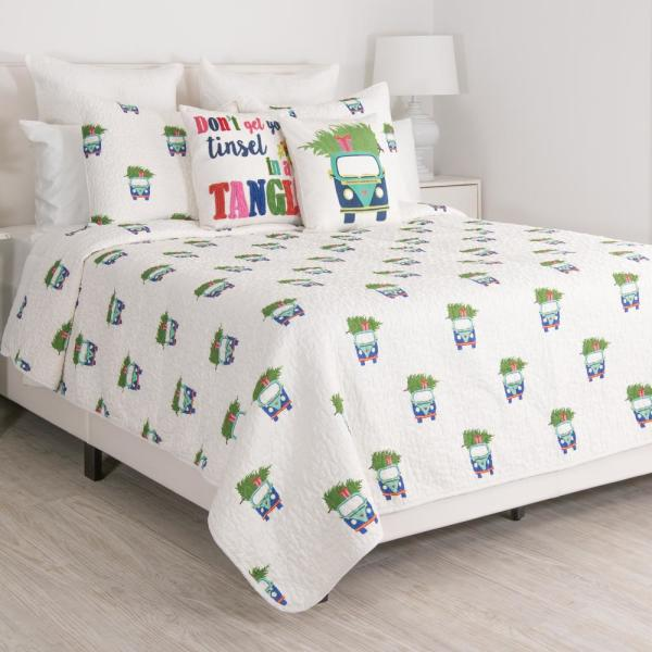 undefined Holiday Car Multi Full and Queen Quilt Set