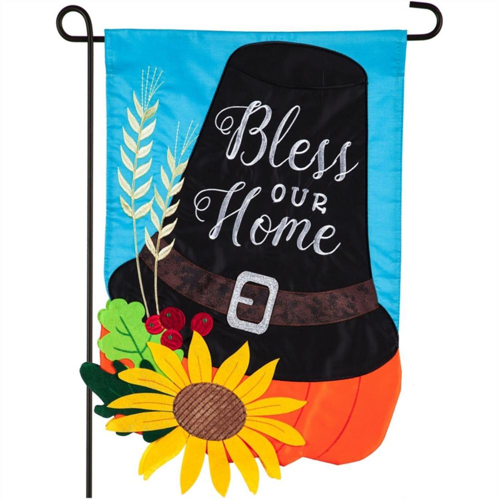 Evergreen 12 5 In X 18 In Pilgrim Hat Garden Applique Flag 169065 The Home Depot