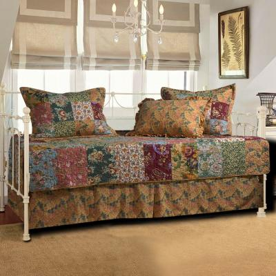 Antique Chic Daybed Set, 5-Piece Daybed