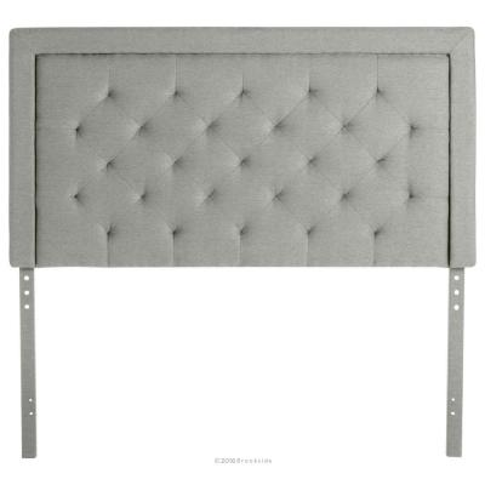 Upholsterd Headboard with Diamond Tufting