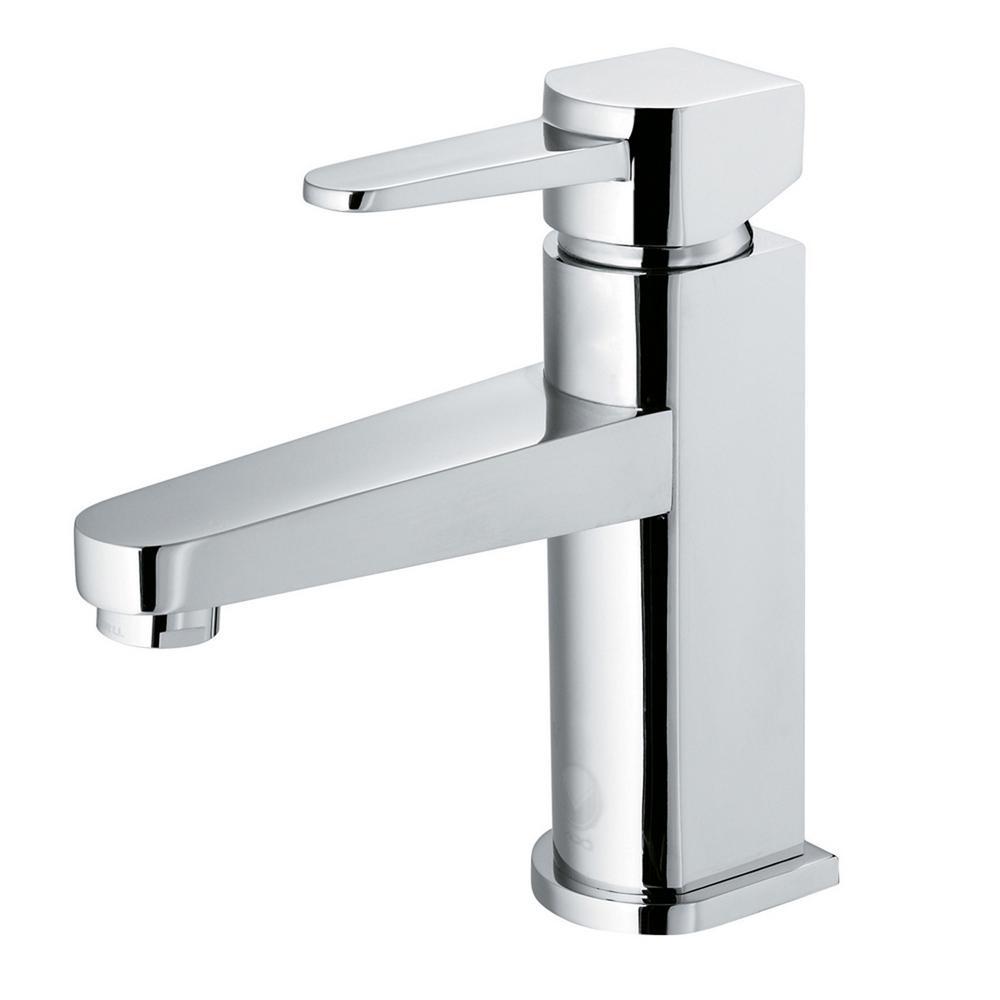 Single Hole Single Handle Bathroom Faucet In Chrome