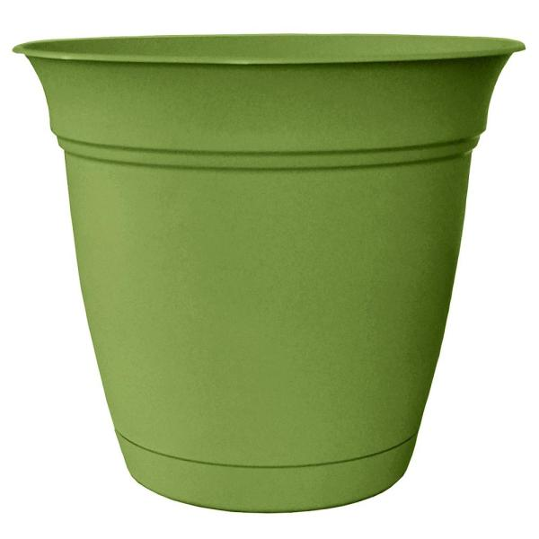 Belle 20 in. Dia. Peridot Green Plastic Planter with Attached Saucer