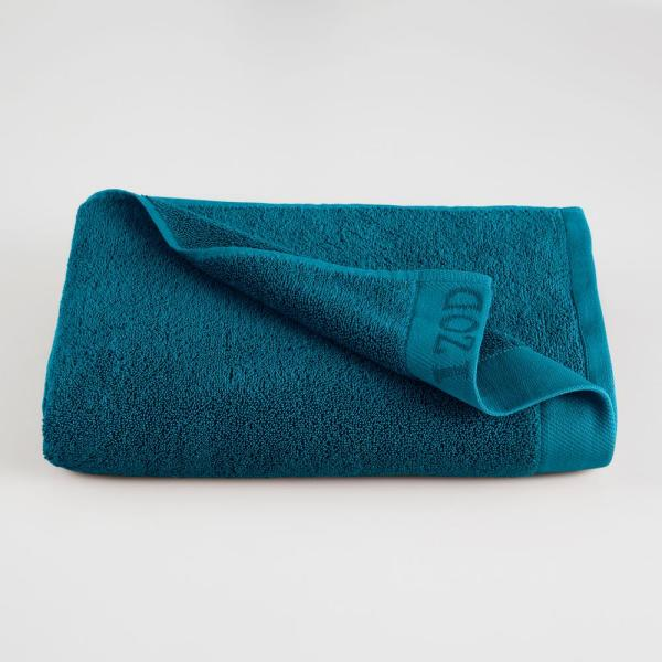 IZOD Classic Egyptian Cotton Bath Towel in New Pool 079465022193