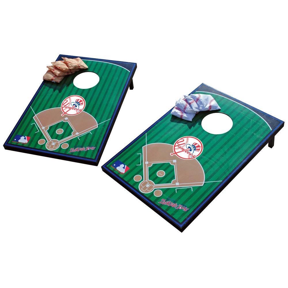 Wild Sports New York Yankees Tailgate Cornhole Toss