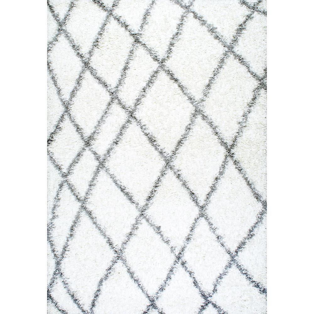 nuLOOM Alvera Plush Shag White 7 x 9 Area Rug