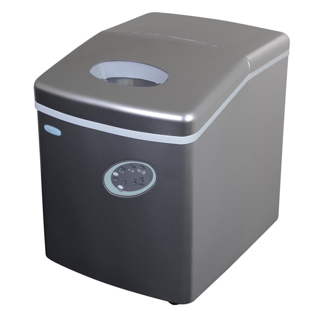 28 lb. Freestanding Ice Maker in Silver