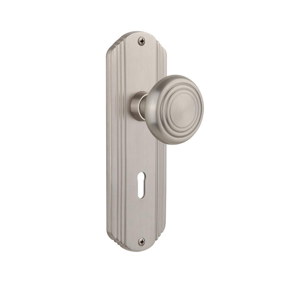 Deco Plate with Keyhole Single Dummy Deco Door Knob in Satin