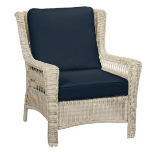 Park Meadows Off-White Wicker Outdoor Patio Lounge Chair with CushionGuard Midnight Navy Blue Cushions