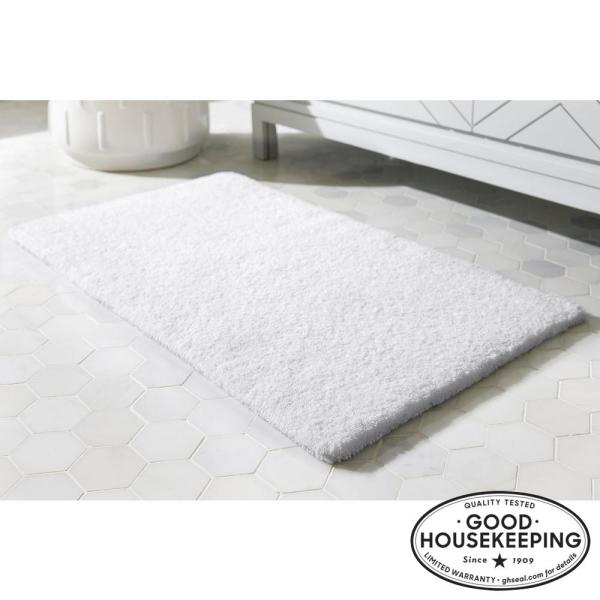 White 24 in. x 40 in. Cotton Reversible Bath Rug