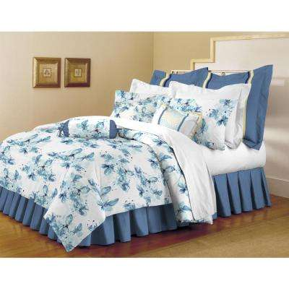 Classic Trends White-Light Blue 5-Piece Full/Queen Comforter Set