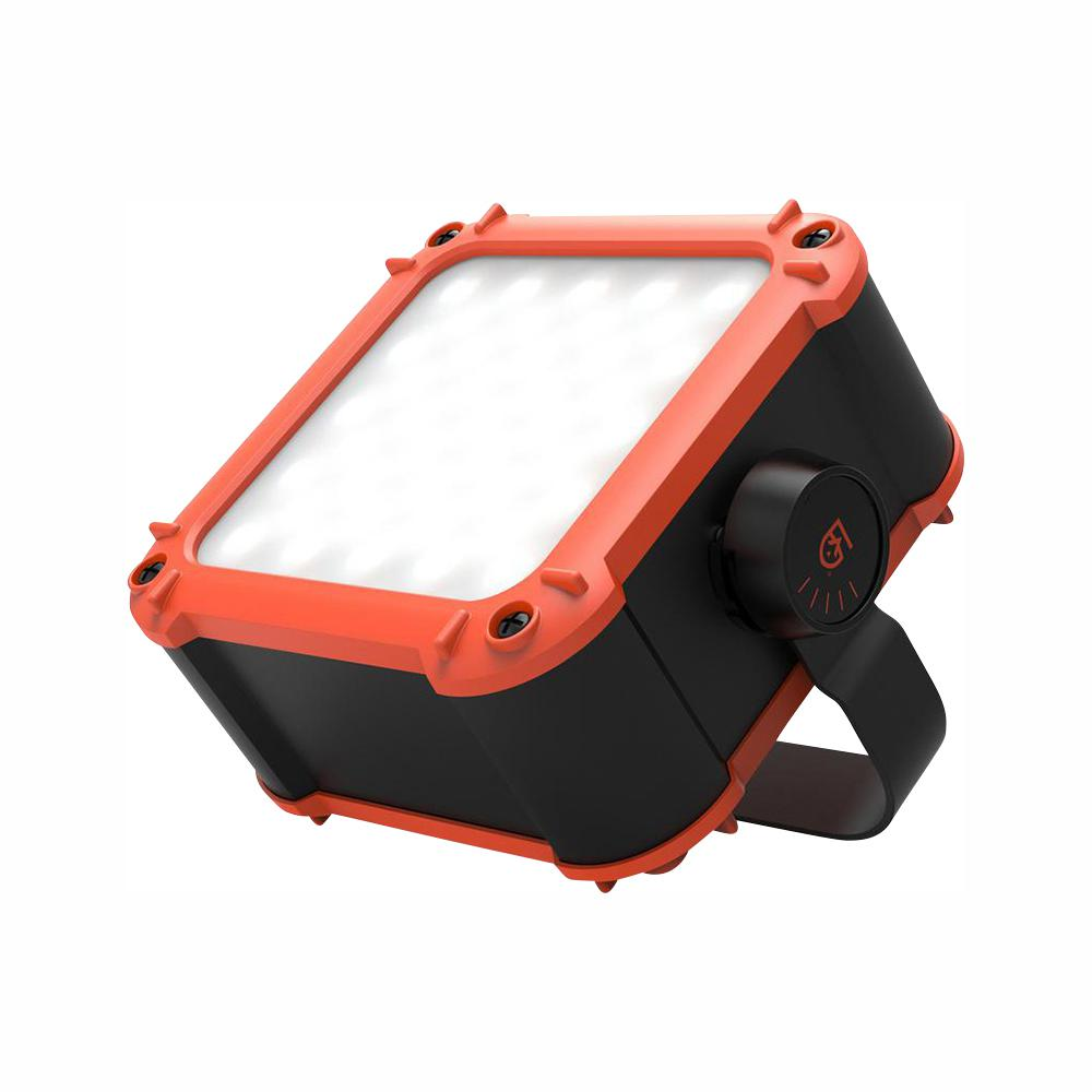 Gear Aid FLUX Series 640 Lumen LED Work Light with 20,800mAh Power Bank for Mobile Charging