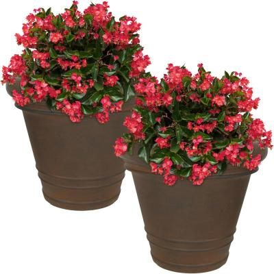 16 in. Rust Crozier Poly Outdoor Flower Pot Planter (2-Pack)