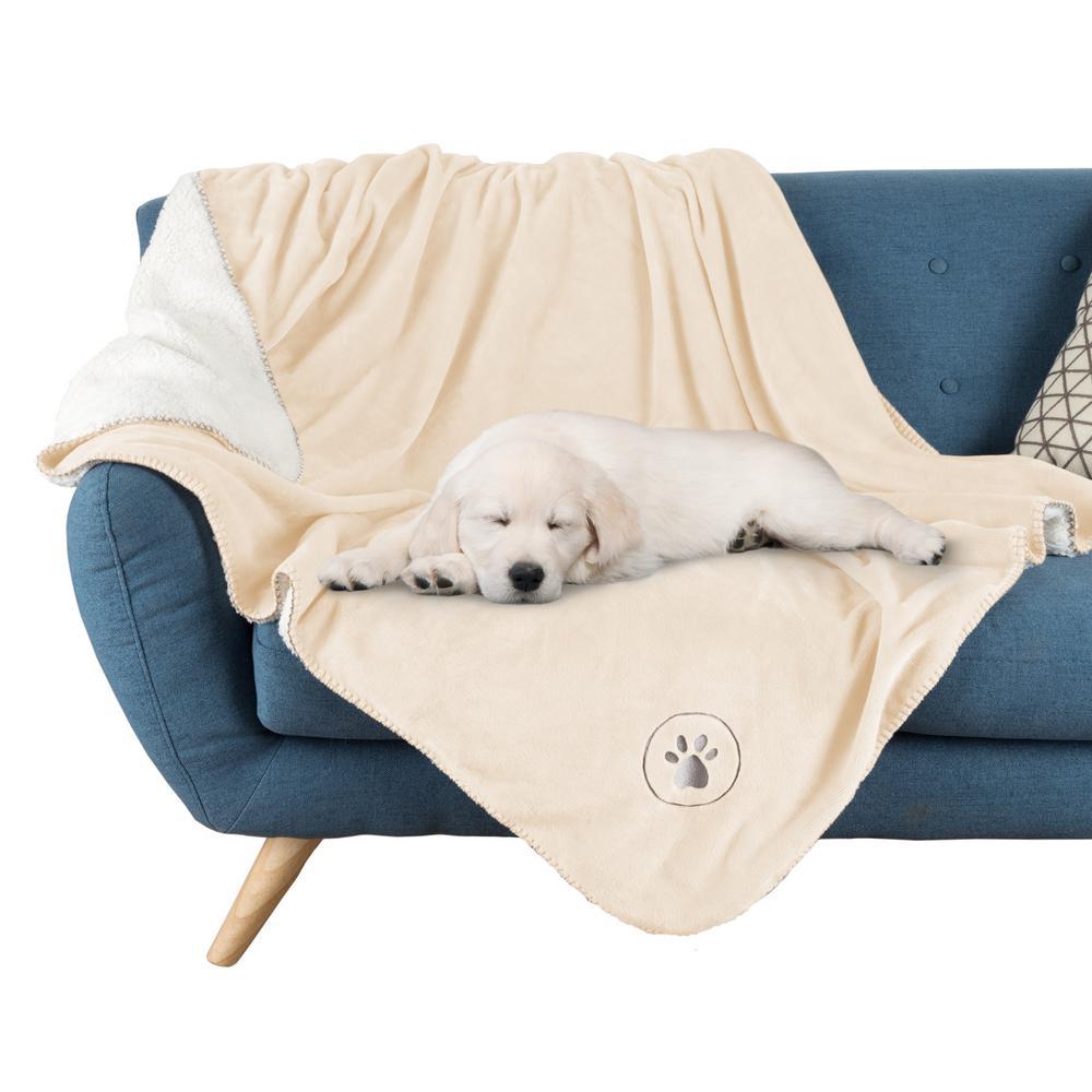 Waterproof Pet Plush Throw Blanket in Cream