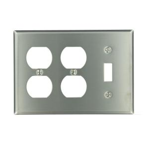 3gang standard size 1toggle 2duplex receptacles combination wall plate