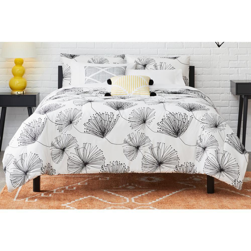 Sweeney 4-Piece White/Black Floral Twin Comforter Set