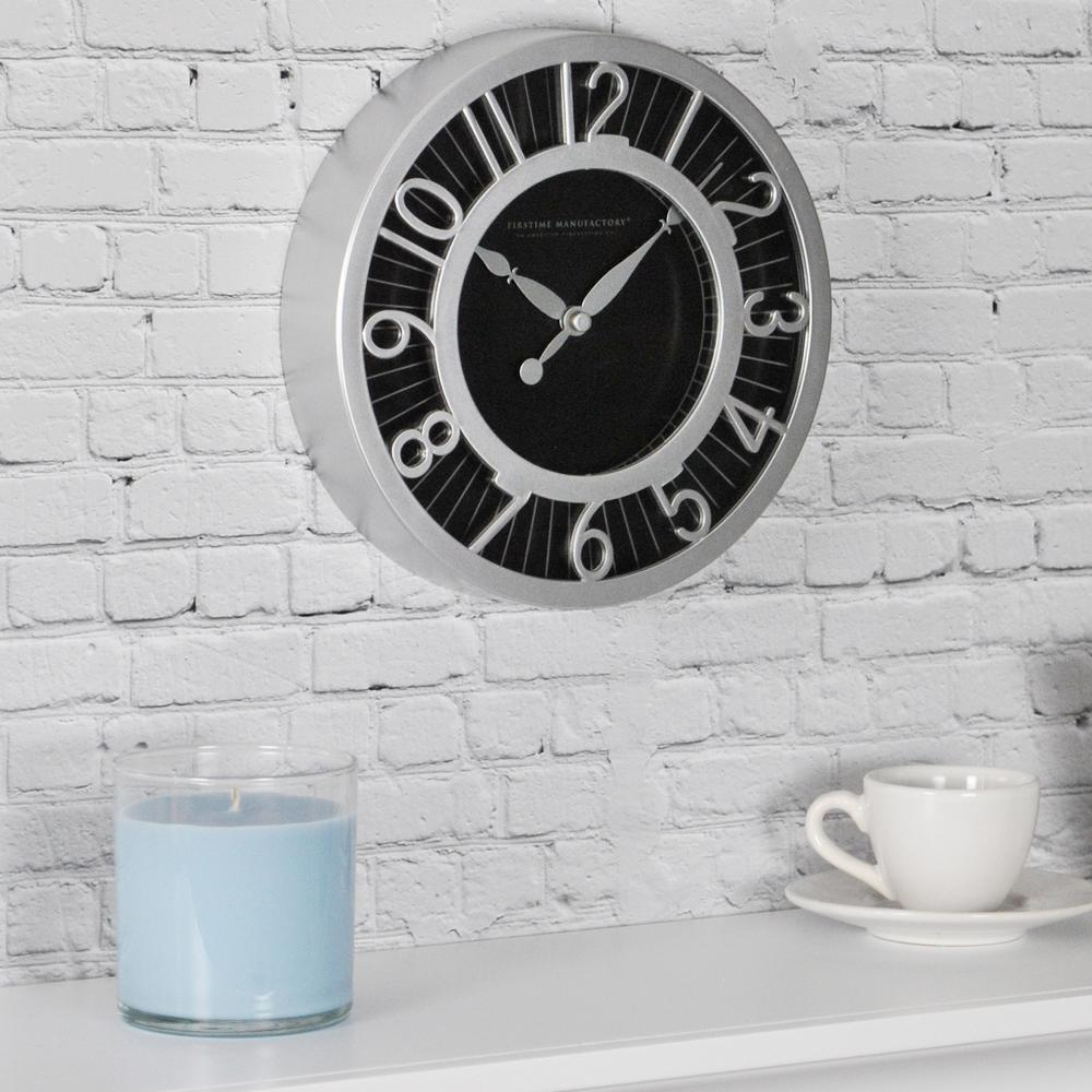 8 in. Round Black Radiant Wall Clock