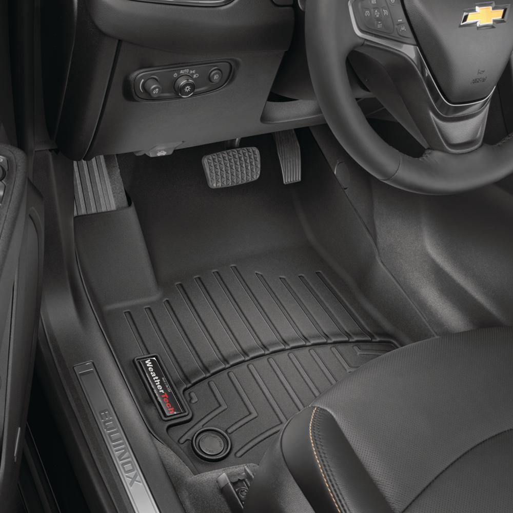 Black/Front FloorLiner Vinyl Floors/Chevrolet/Silverado 1500/2014 - 2018/Double Cab and Crew Cab; No Floor Shifter