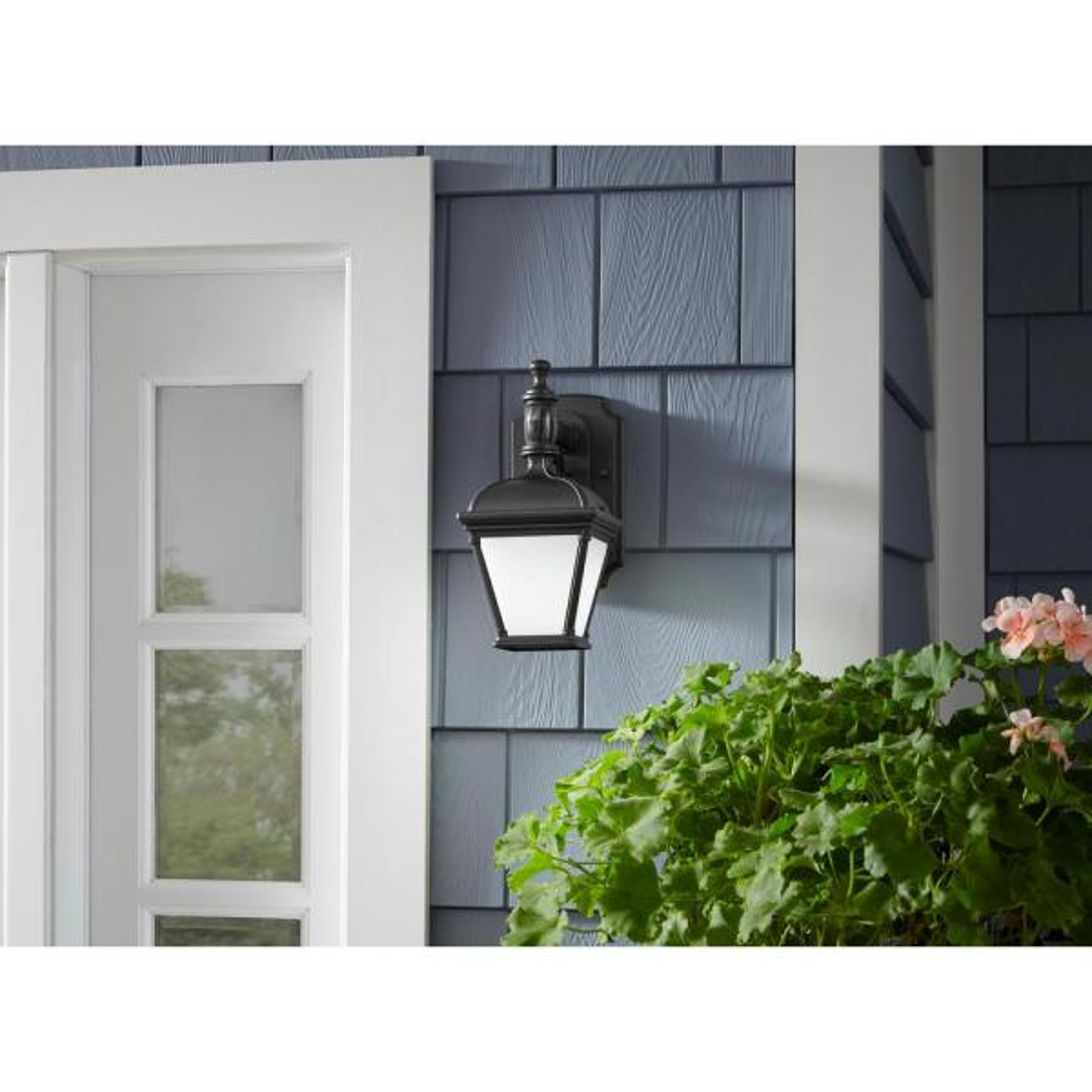 LED Outdoor Light Black 6w 480lm 230v PIR Motion Sensor Dawn Wall Lamp 120 °