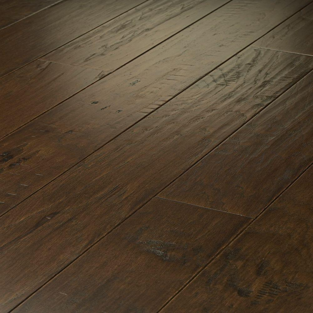 Shaw Western Hickory Saddle 3 8 In T X 5 W Random Length Click Engineered Hardwood Flooring 29 49 Sq Ft Case