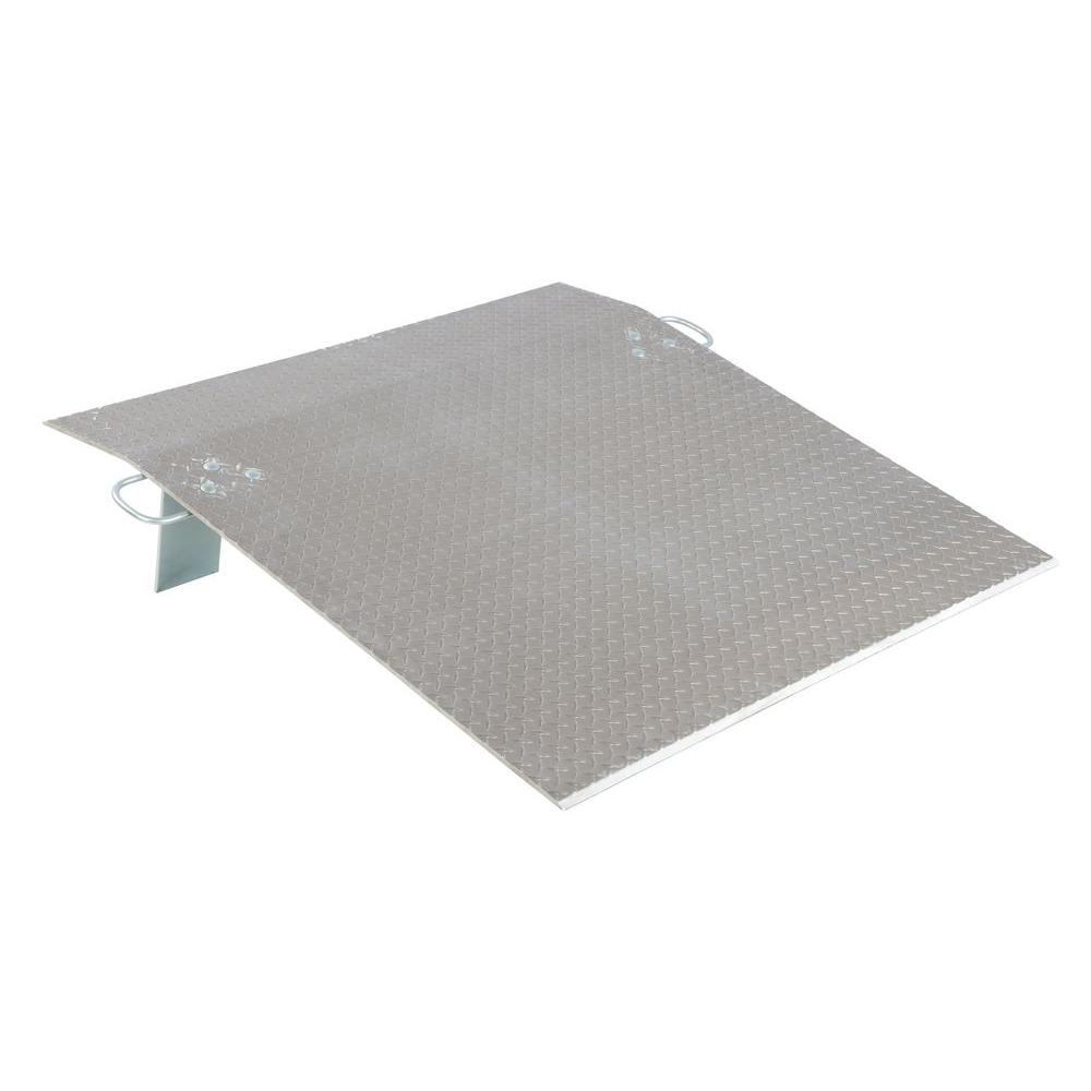 2,600 lb. 48 in. x 48 in. x 0.38 in. Aluminum