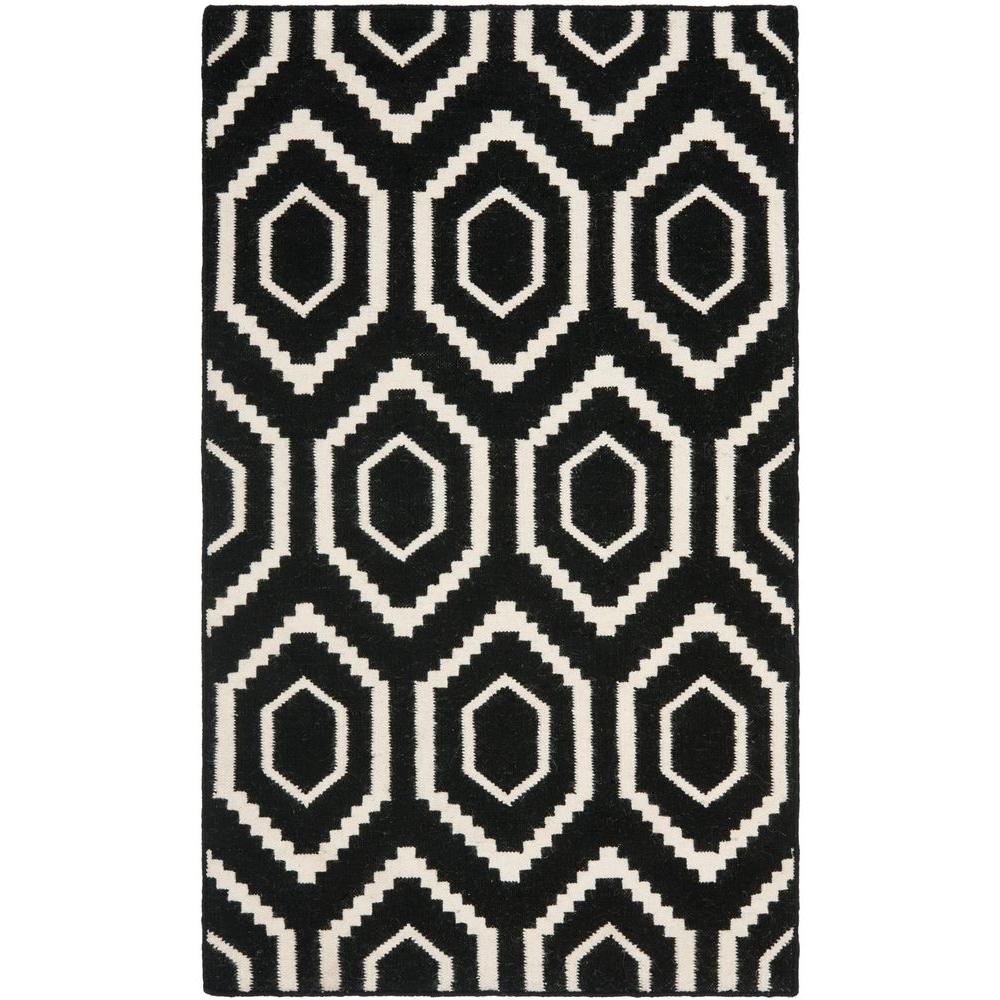 Dhurries Black/Ivory 4 ft. x 6 ft. Area Rug
