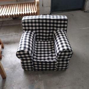 Admirable Pdc Furniture Oversize Kids Foam Chair With Black Gingham Andrewgaddart Wooden Chair Designs For Living Room Andrewgaddartcom