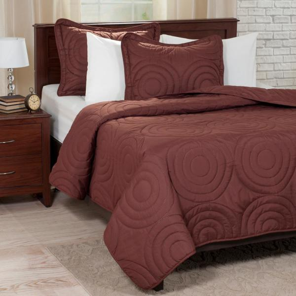 Lavish Home Embossed Chocolate Polyester Twin Quilt 66-41-T-C