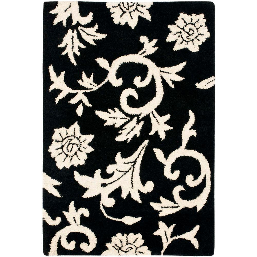 Soho Black/Ivory 2 ft. 3 in. x 4 ft. Area Rug