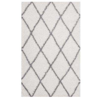Toryn Diamond Lattice 8 ft. x 10 ft. Shag Area Rug in Ivory and Gray
