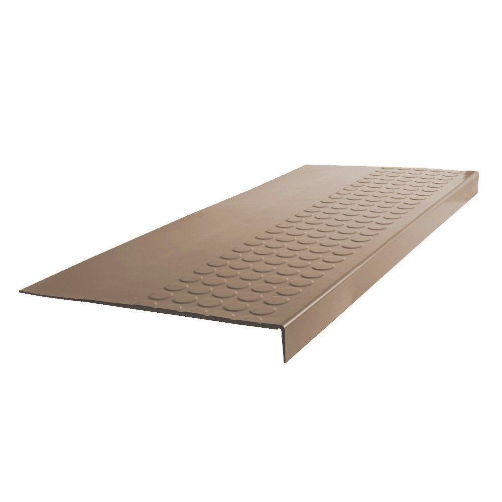 ROPPE Vantage Circular Profile Chameleon 12 06 in  x 48 in  Rubber Square  Nose Stair Tread