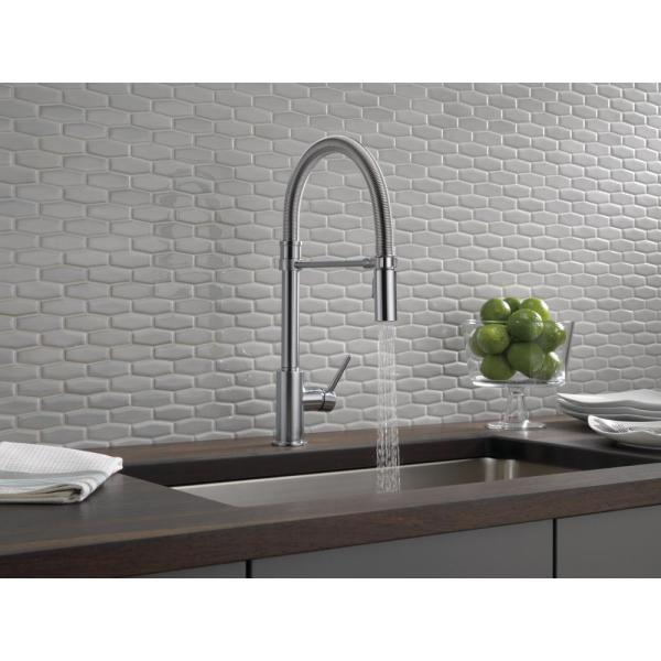 Delta Trinsic Pro Single Handle Pull Down Sprayer Kitchen Faucet With Spring Spout In Arctic Stainless 9659 Ar Dst The Home Depot