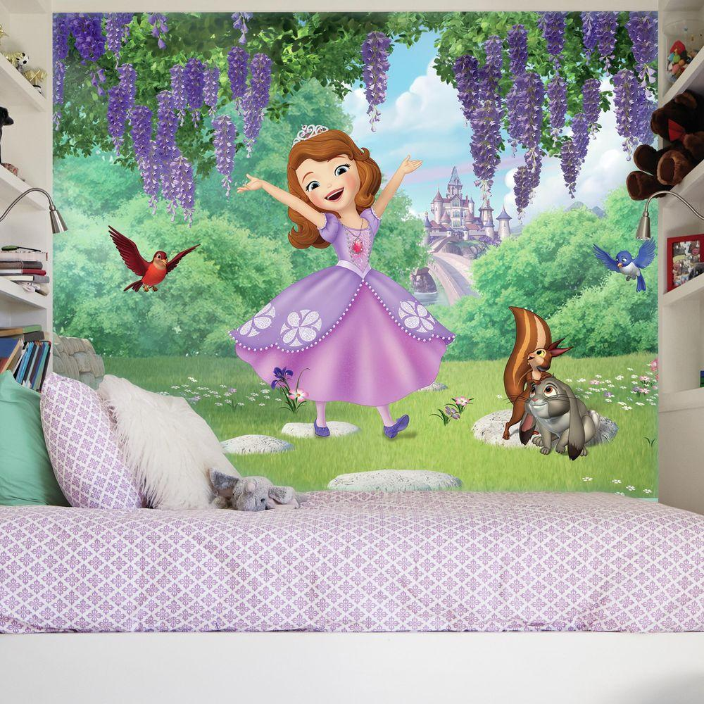72 in. W x 126 in. H Sofia the First Friends