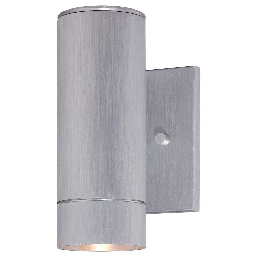 the great outdoors by Minka Lavery Skyline 1-Light Dorian Bronze Integrated LED Outdoor Wall Lantern Sconce Light