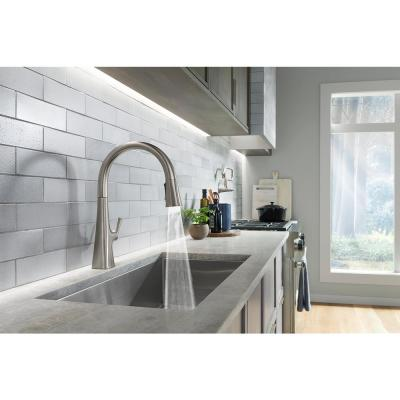 Graze Single-Handle Pull-Down Sprayer Kitchen Faucet with 3-Function Sprayhead in Vibrant Stainless