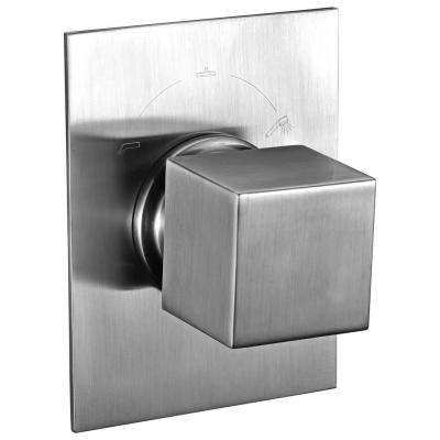 Single-Handle Shower Diverter with Sleek Modern Design in Brushed Nickel