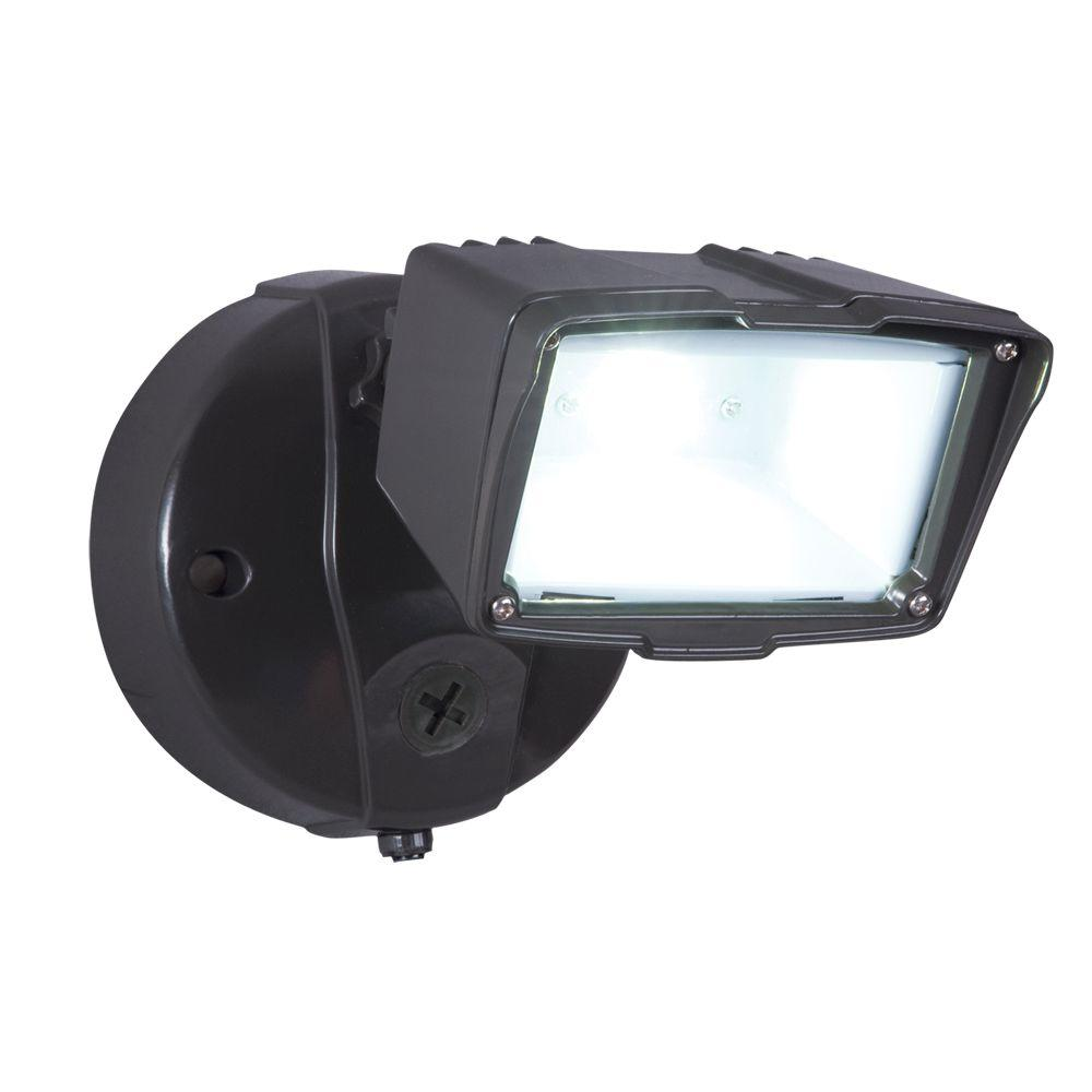 Bronze Outdoor Integrated LED Small Single-Head Security Flood Light with Dusk