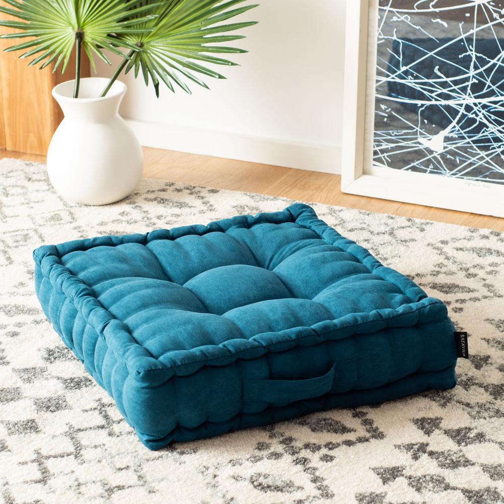 Gardenia 18 in. x 18 in. Polyfill Hunter Green Square Floor Pillow