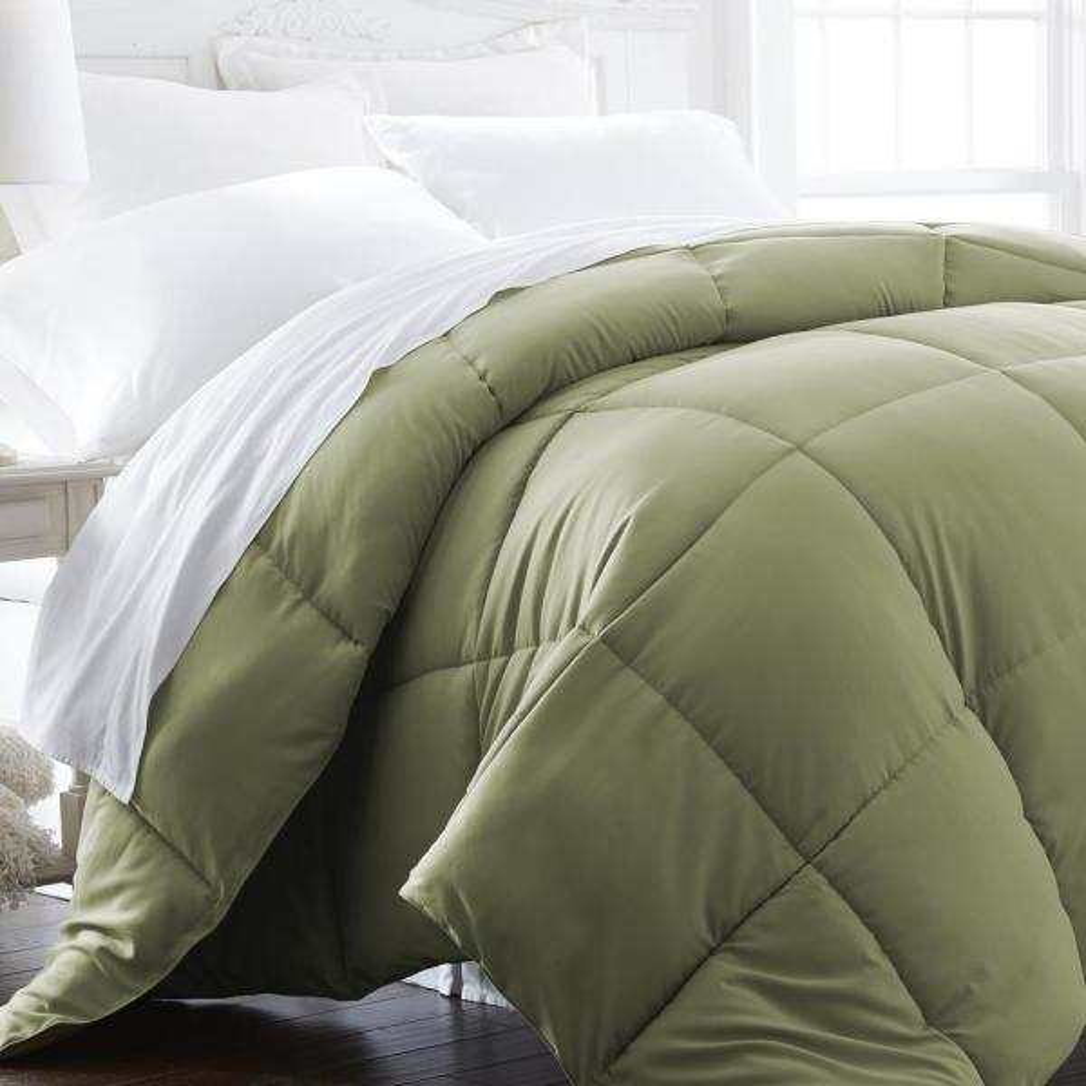 Performance Sage Solid King Comforter
