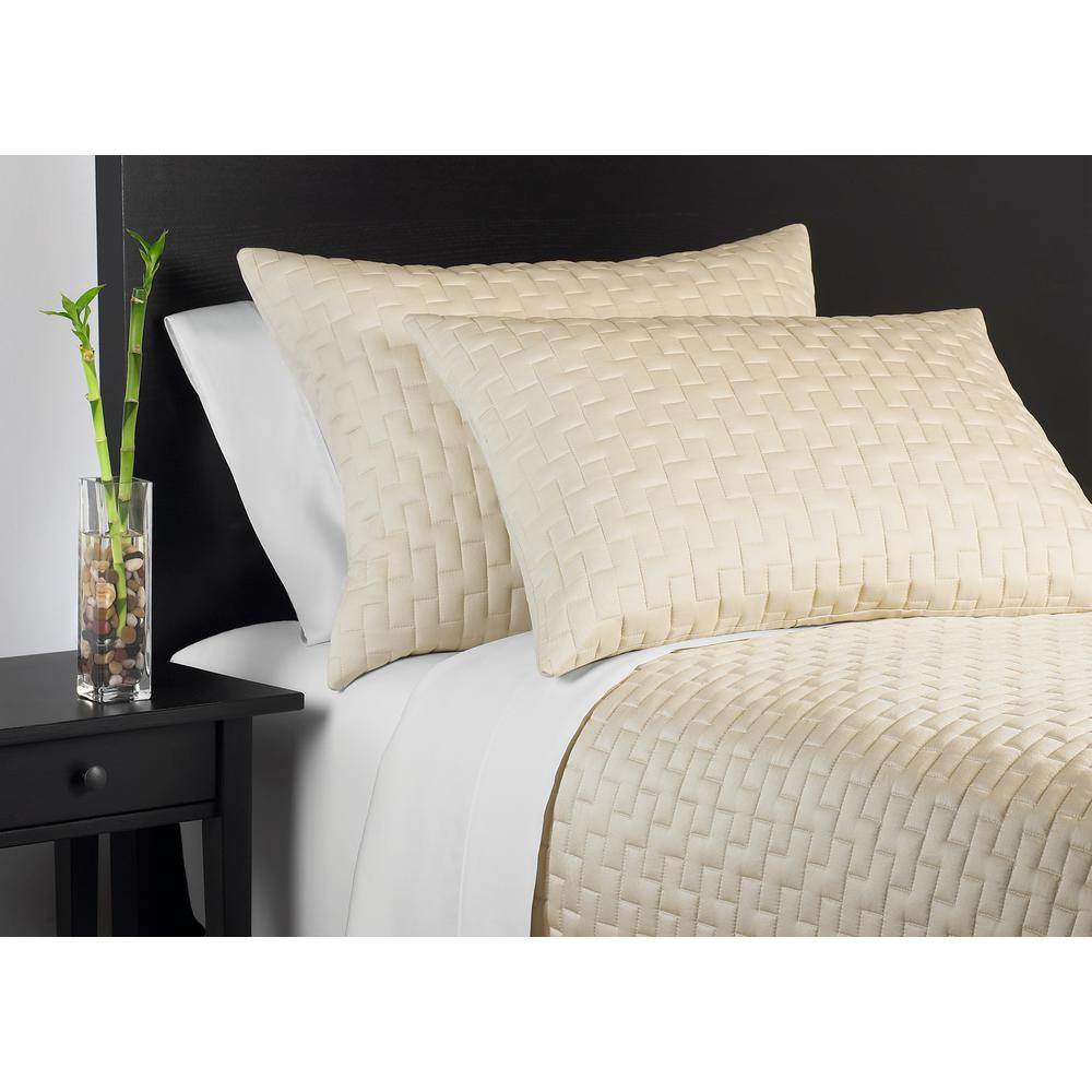 100% Rayon from Bamboo Hemp Queen Coverlet Set