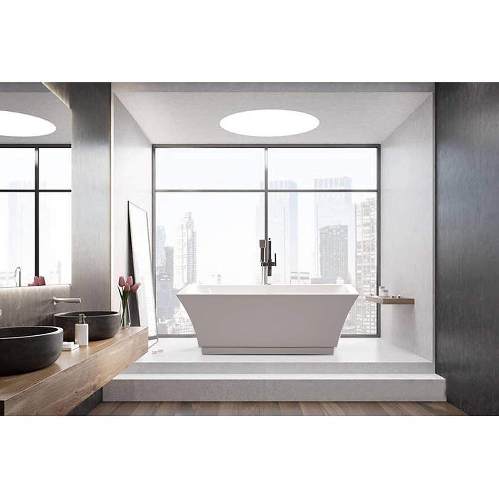 Strasbourg 59 in. Acrylic Flatbottom Freestanding Bathtub in White