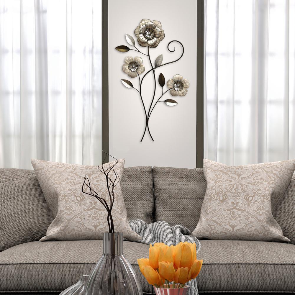 Triple Headed Metal Simple Flower Wall Decor