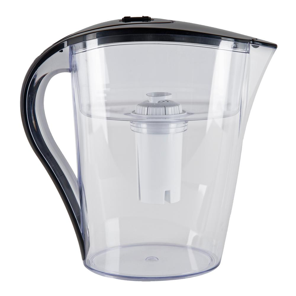 Water filter pitcher Carbon Vitapur 10 Cup Water Filtration Pitcher The Home Depot Vitapur 10 Cup Water Filtration Pitchervwp3506bl The Home Depot