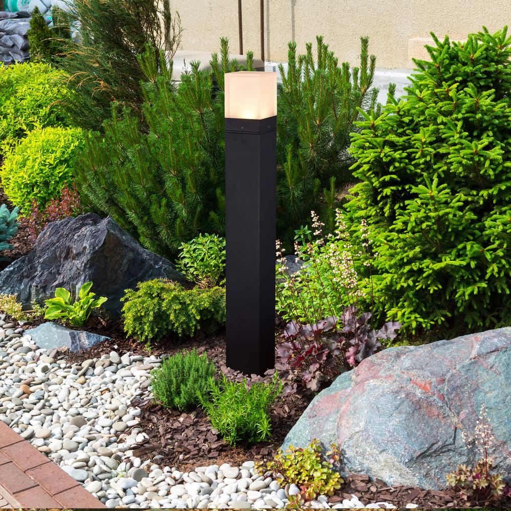 VONN Lighting 9-Watt Black Outdoor Integrated LED Bollard Landscape Path Light