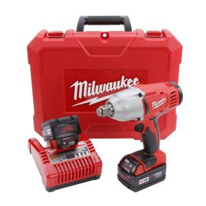 Milwaukee M18 18-Volt Lithium-Ion 3/4 inch Cordless High Torque Impact Wrench Kit by Milwaukee