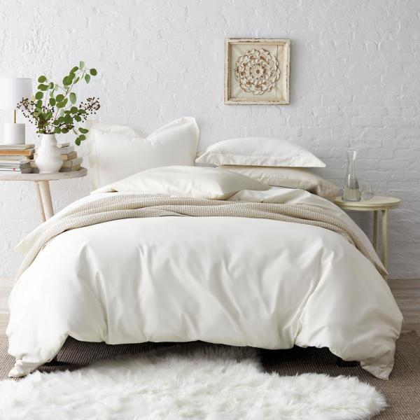 Ivory Solid Wrinkle-Free Sateen Queen Duvet Cover